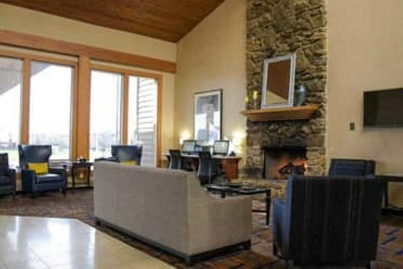 Wyndham Garden Fort Wayne Great Prices Book And Save